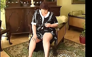 2 heavy grannys with big breast dildos and fingers there pussy!Pre
